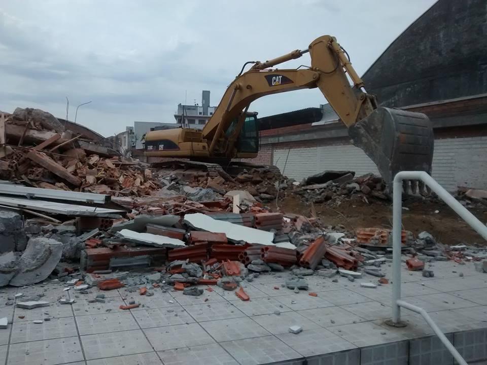 demolição de alto risco