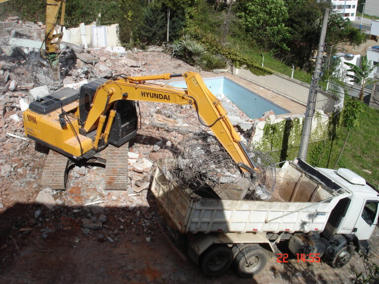Segurança no trabalho de demolição