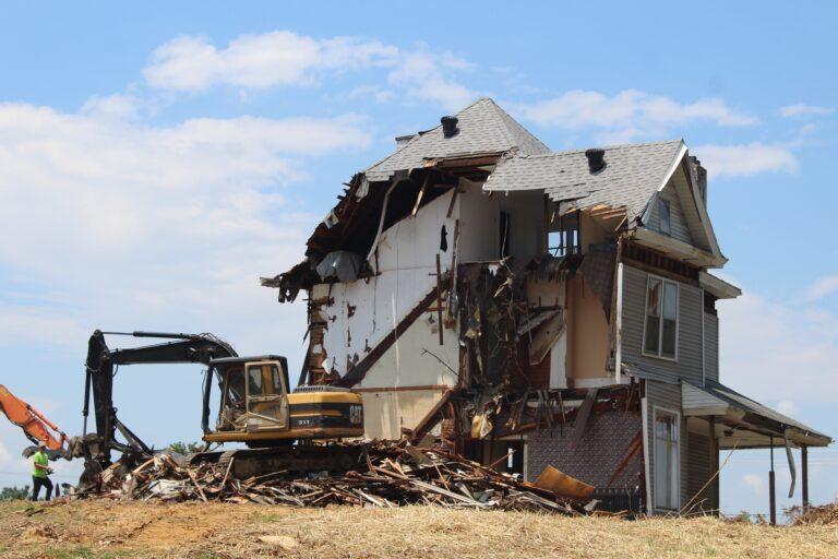 Reciclagem de materiais de demolição: desafios e perspectivas